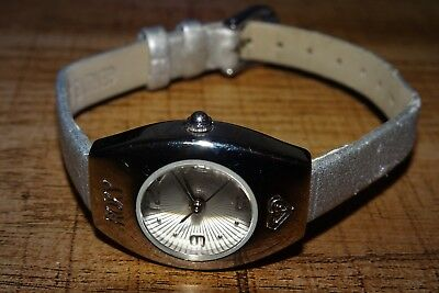 Roxy Quiksilver Womens Stainless 100M Watch RX3550 w/ Leather band