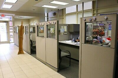 Office Cubicles With Desks