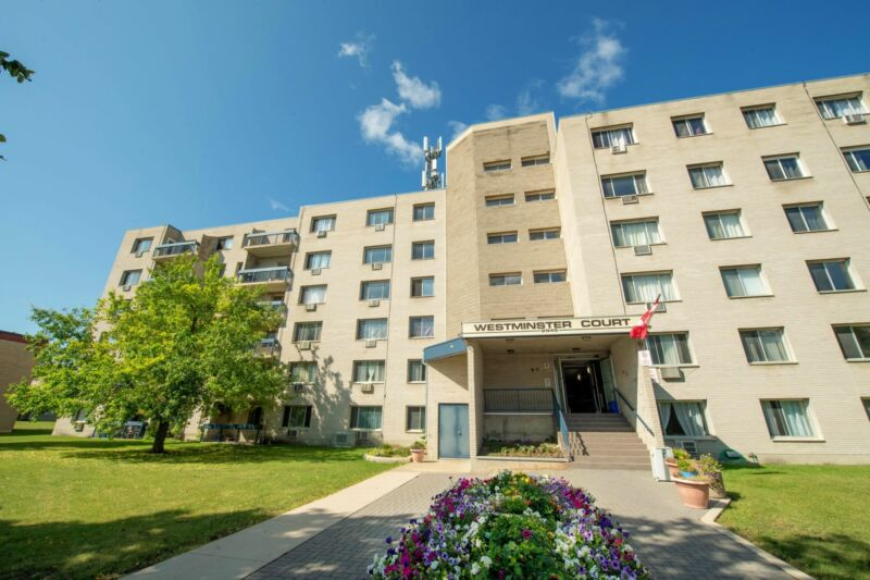 One-Bedroom Suites Available near the University of ...