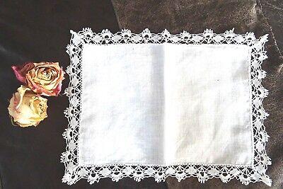 fast antikes Deckchen feine Baumwolle breiter Guipure-Spitzenrand 28 x 20 cm TOP