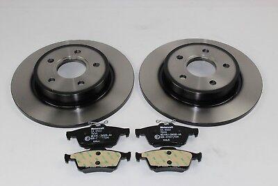 Original Bremsscheiben + Bremsbeläge hinten Ford Focus MK3 1704765 + 1809259