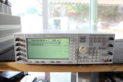 Agilent E4436b 250khz - 3 Ghz Esg-dp Digital Rf Signal Generator 100 Un5 Und