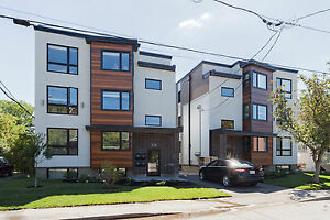 $4200 ALL IN 6 BED NEAR CAMPUS BASEMENT UNIT BRAND NEW BUILD