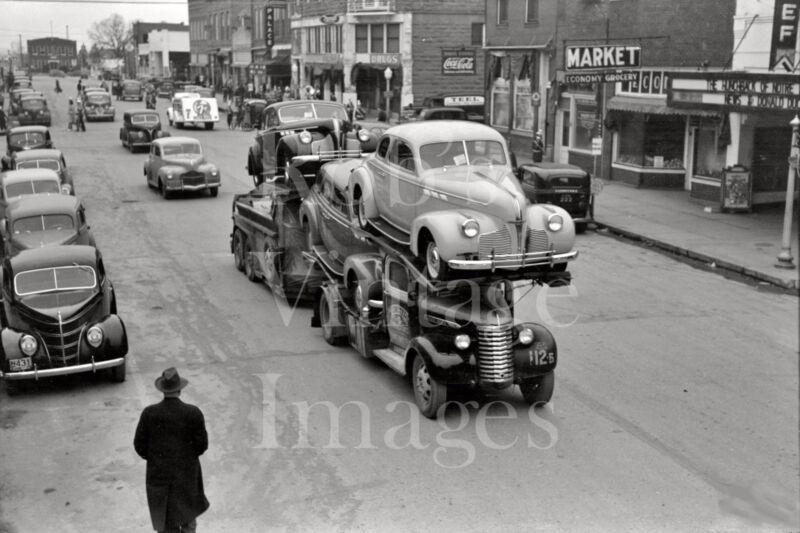 Vintage  General Motors Truck Car & Auto carrier photo late 1930s-1940s