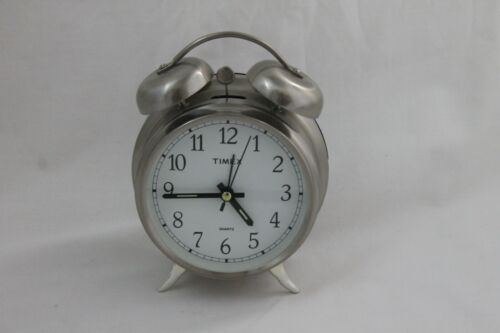 Vtg Timex Quartz Twin Bell Alarm Clock Silver Battery Operated Loud Glow Hands