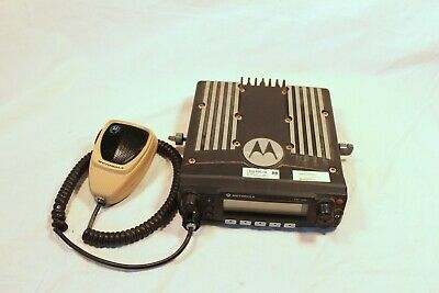 Motorola Xtl 2500 P25 Mobile Radio Model M21urm9pw2an 800 Mhz Radio Whandset