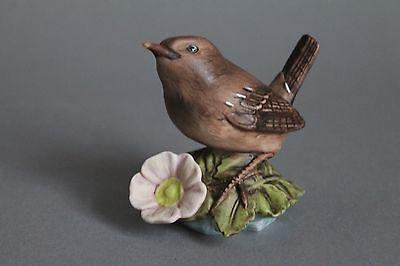 Göbel Goebel Porzellan Figur Vogel des Jahres 2004 Zaunkönig