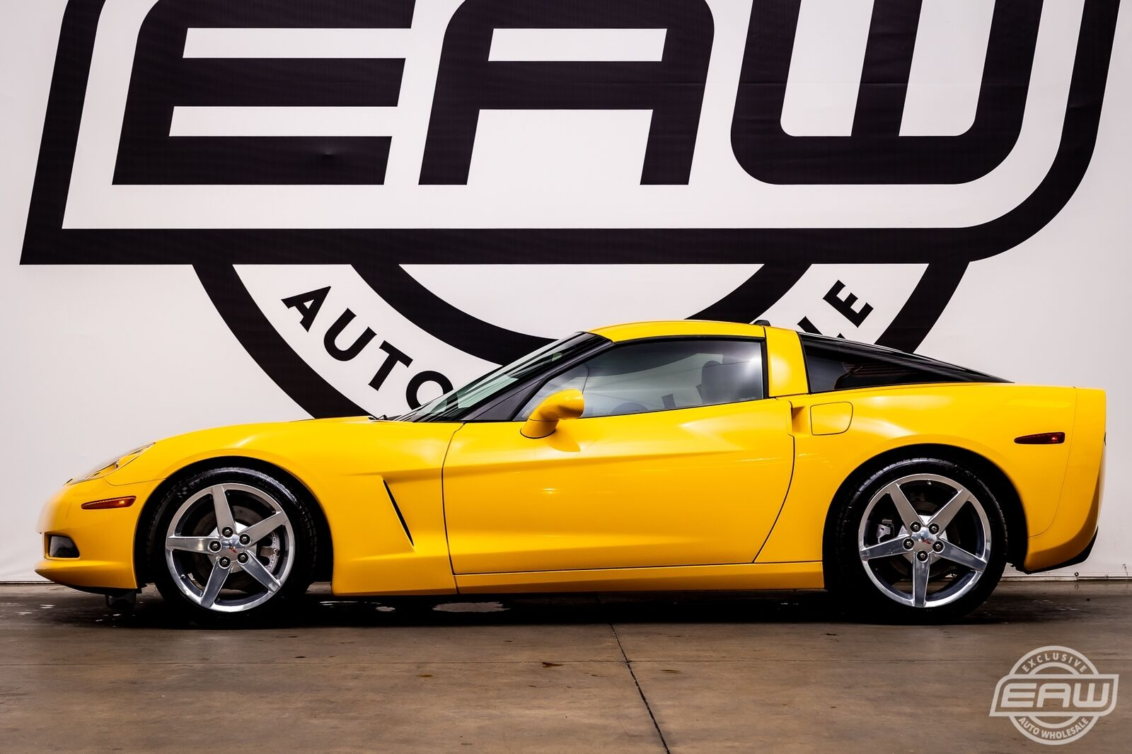 2005 Yellow Chevrolet Corvette Coupe  | C6 Corvette Photo 3
