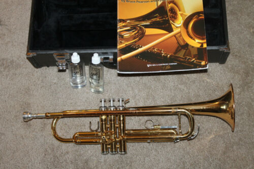 Yamaha YTR 2335 Trumpet w/ case and mouthpiece