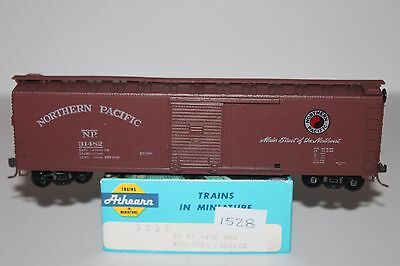 HO Scale Athearn 5058 Northern Pacific 50' Single Door Boxcar 31482   L1528