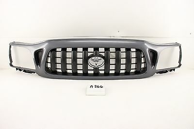 OEM USED GRILLE GRILL PAINTED TOYOTA TACOMA 01 02 03 04 SCUFFED