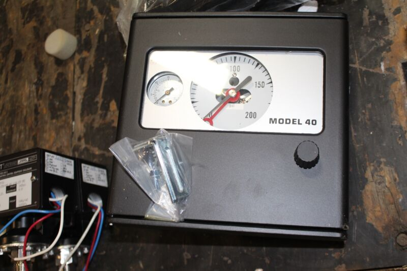 AMETEK Model 40 Controller Altitude NEW