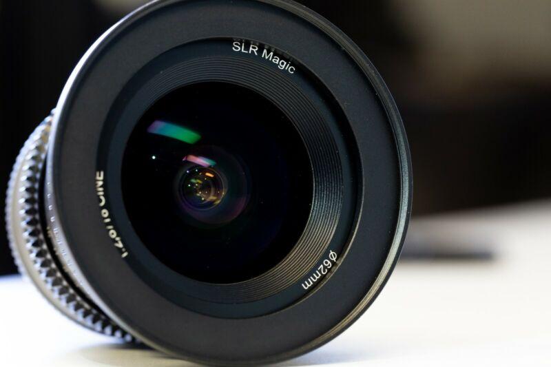 SLR Magic 18mm f/2.8 Cine Lens (Sony E-Mount)