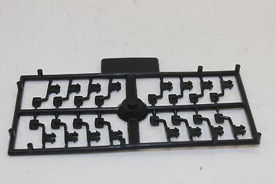 Lkw-kran (Siku 16 Stück am Gießast Aussenspiegel f. LKW Kran rechts links je 8 Stück 1:55)