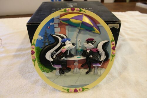 Warner Brothers Looney Tunes collector plate Parisian Woo Pepe Le Pew