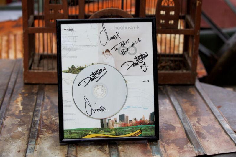 Dan Estrin Chris Hesse Hoobastank Signed Authentic Autographed Framed CD