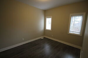 everything included student rental- quiet mature home London Ontario image 1