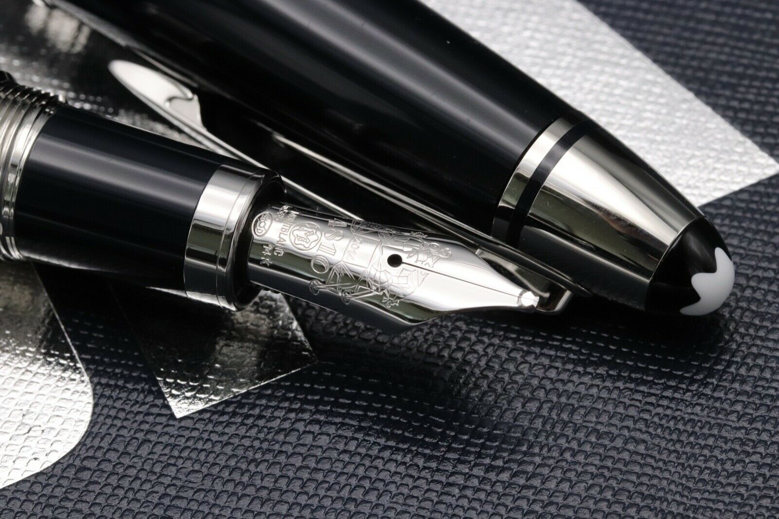 Montblanc Great Characters JFK Blue Special Edition Fountain Pen - Broad Nib 2