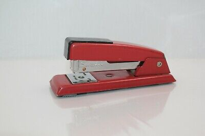 Vintage 711 Red Swingline Made In The Usa - Long Island City Ny - 118-71