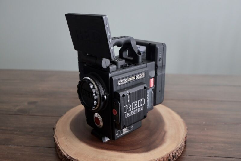 RED RAVEN- DSMC 2 - Digital Cinema Camera Kit. Ready To Shoot!