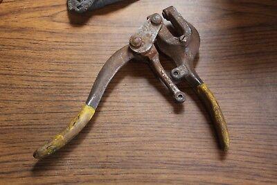 Vintage Roper Whitney Jr. Metal Hand Punch No. 5-2