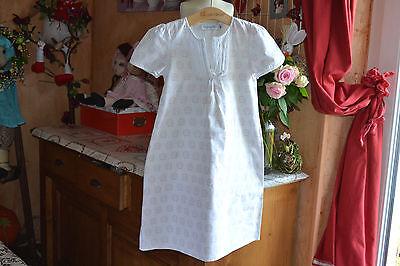 Robe dior 8 ans  blanc rose tres clair peux faire chemise de nuit ***