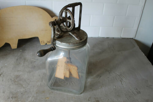 1920s Dazey #40 Butter Churn with Sunflower on the Jar