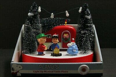 Peanuts Christmas Camper Camp Fire Musical Lighted Table Snoopy Charlie Brown Brown Christmas Light