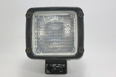 Kubota Work Light Guide Lamp Flood Spotlight B2320 B2620 B2650 B2920 B3200 B3300