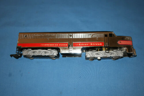 American Flyer #405 Silver Streak Diesel Alco PA Locomotive w/Horn. Runs Well