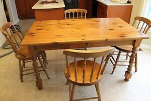 Gorgeous solid pine dining set