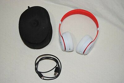 Beats by Dr. Dre A1796 Solo 3 Wireless Bluetooth Headphones - White & Red
