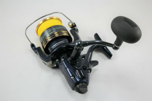 Shimano Thunnus CI4 6000 Saltwater Reel, Gear Ratio 4.8:1, 18 oz.
