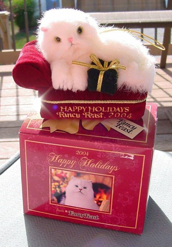 Fancy Feast 2004 Christmas Cat Ornament dated NIB
