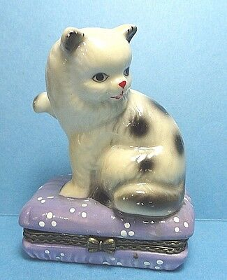 Porcelain Cat On A Cat Bed Hinged Trinket Box