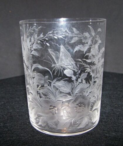 DELICATE  CUT  ENGRAVED BUTTERYFLY & FLOWERS GLASS TUMBLER