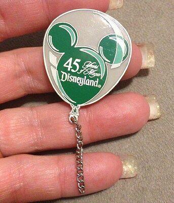 Authentic Walt Disney 45 Years of Magic LE5000 Mickey Ear Balloon Pin Green 1852
