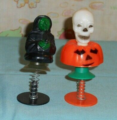 vintage HALLOWEEN SPRING springy POP-UP TOY lot witch skull on pumpkin Fun World](Pop Up Halloween Decorations)