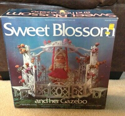 Rare! Vintage 1976 COMPLETE Sweet Blossom Doll and Her Gazebo in Box -