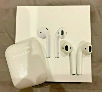 Apple AirPods 1st Generation with Charging Case - MMEF2AM/A / A1523