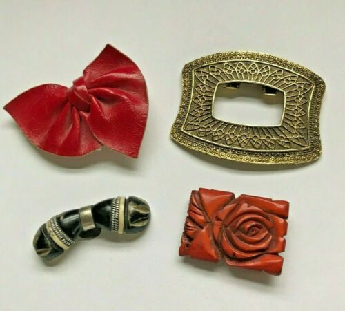 RETRO ASSORTED LOT 4 SINGLE SHOE CLASPS CLIPS