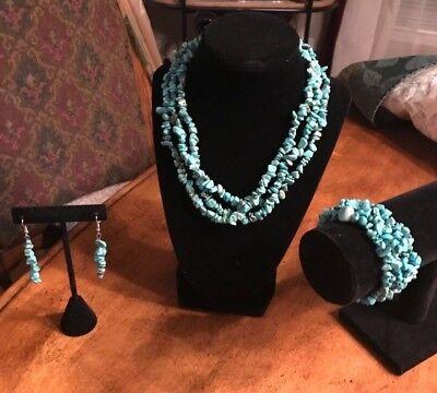 (Turquoise Gemstone Choker Necklace, Bracelet and Earrings Set)