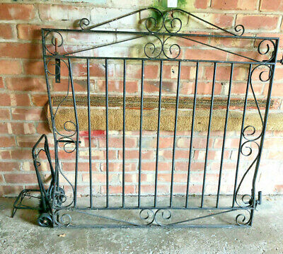Reclaimed Set Black Cast Iron Gates Garden Driveway Gate Scroll Detail #G8