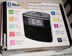 New Sylvania SCR1986 Bluetooth Clock Radio USB Charging Port Dual Alarm AUX In