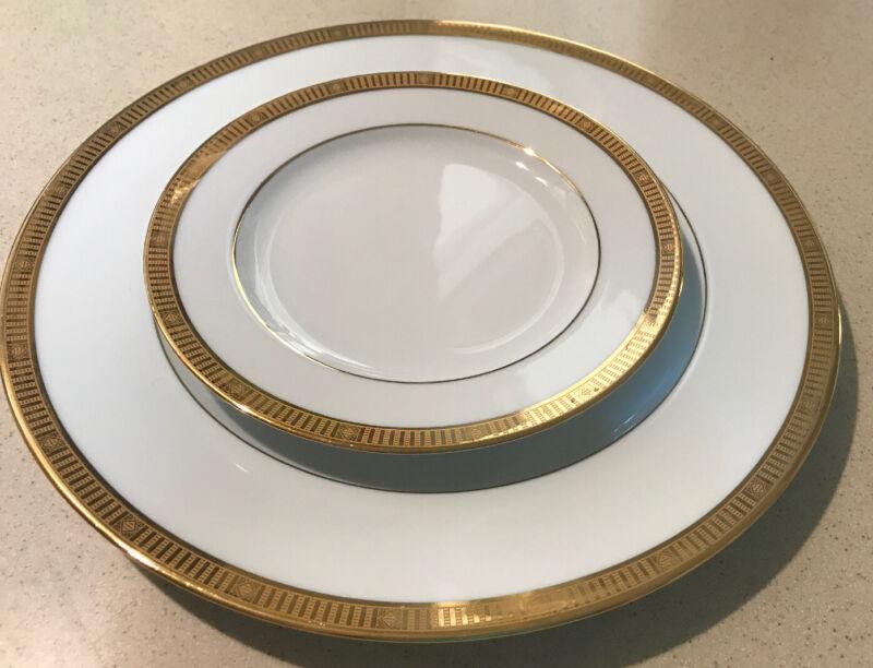 Bernardaud LIMOGES France MADISON GOLD Dinner & Bread Plate UNUSED