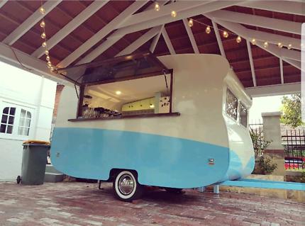 Vintage Caravan Bar Hire