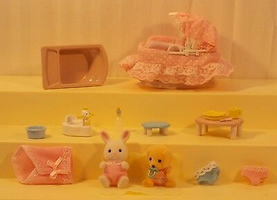 Vtge Sylvanian Families Calico Critters Lot of 16 Baby Accessories and Figures
