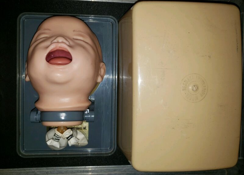 Vintage head Resusci intubation Baby CPR Nursing Training USA Armstrong medical