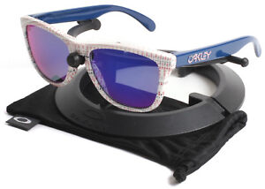 fe9fab81eb Oakley Team USA Blue Frogskins Sunglasses w  Positive Red Iridium Lenses  9013-85