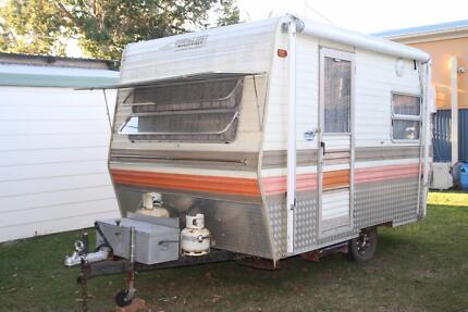 Millard Series 80 Caravan